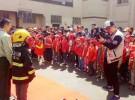150名广电小记者走进消防队