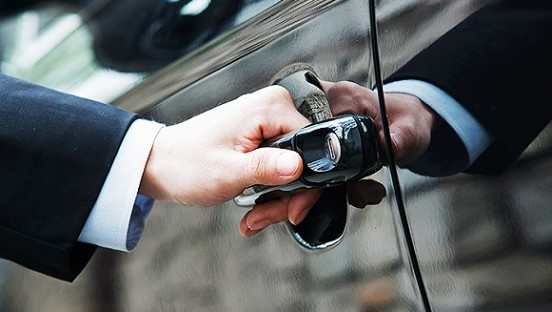 代驾忘检查车况  挣18元被罚200元记12分
